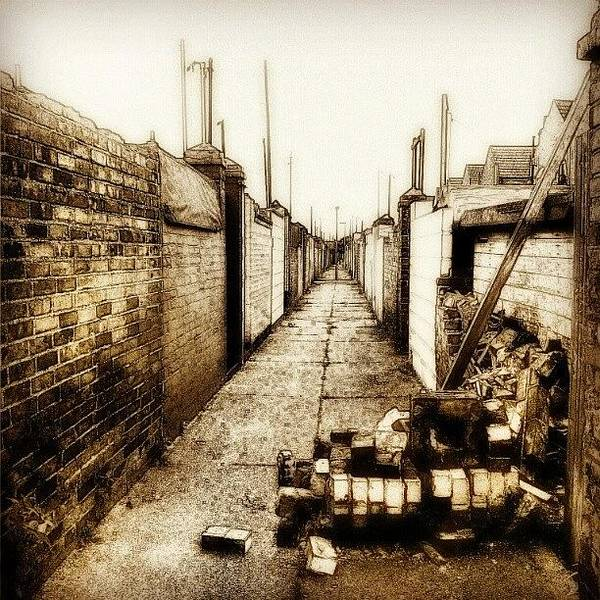 Norfolk Photograph - Back Alley #wall #bricks #alley #sky by Invisible Man