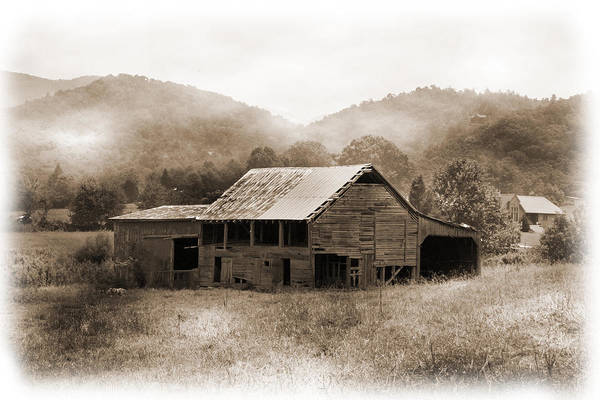 Photograph - Barn In The Mist by Barry Jones