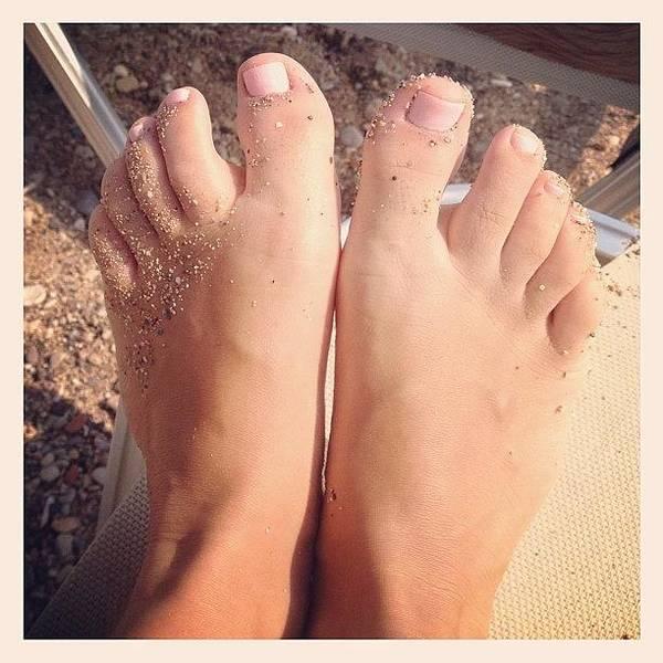 Nude Photograph - Beach Feet! 👣#feet #pink #beach by Myrtali Petrocheilou