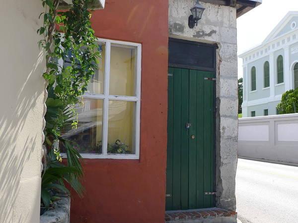 Photograph - Bermuda Door by Richard Reeve