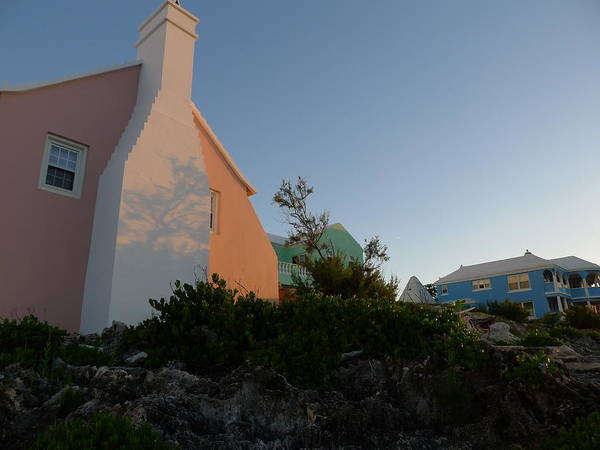 Photograph - Bermudian Cottage At Sunrise by Richard Reeve