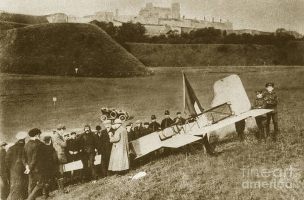 Bleriot Photograph - Bleriot Lands In England, 1909 by Science Source