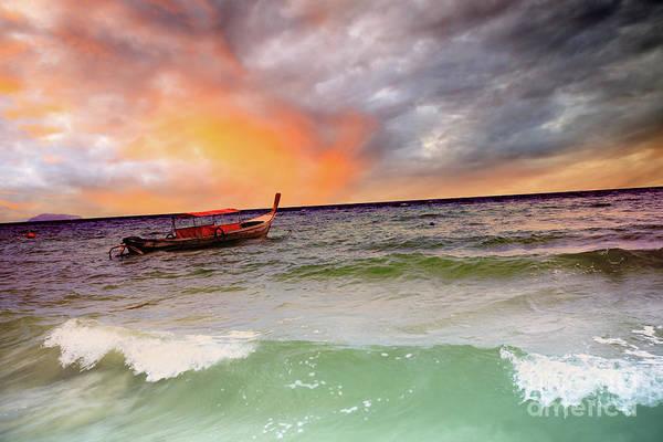 Phi Photograph - Boat by MotHaiBaPhoto Prints