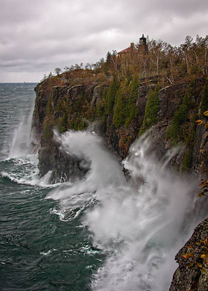 Photograph - Breakers At Split Rock by David Wynia