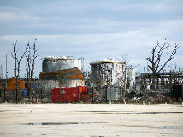 Flammable Wall Art - Photograph - Buncefield Aftermath by Rod Jones
