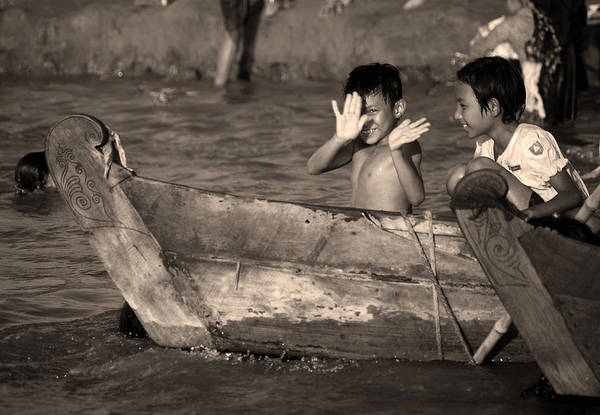 Photograph - Burmese Children In The Irrawaddy River. by RicardMN Photography