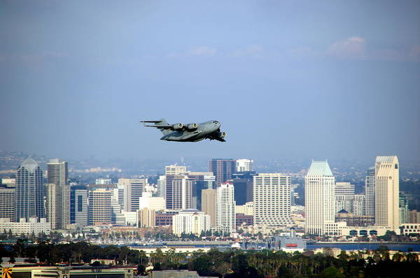 Photograph - C-17 Globemaster Over San Diego by Jeff Lowe