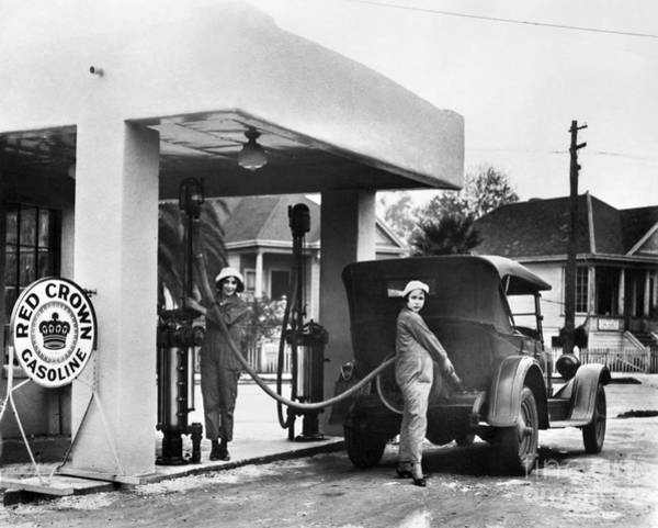 Photograph - California: Gas Station by Granger