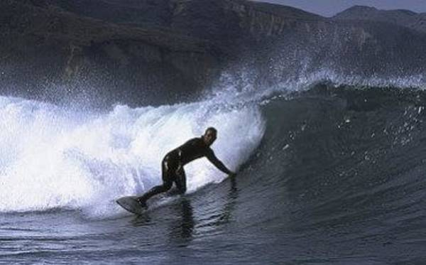 Photograph - California Island Surfing by Don Kreuter