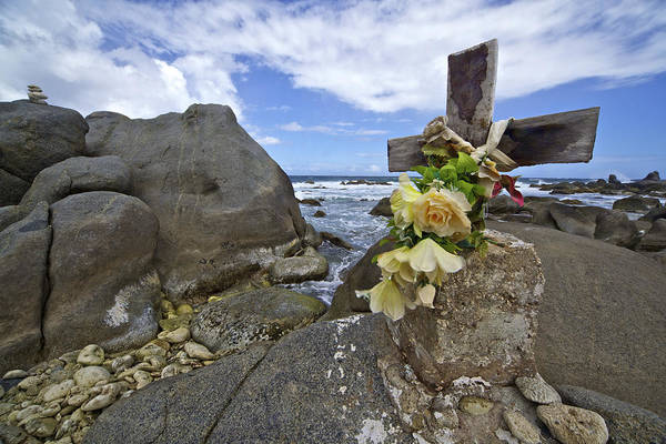 Photograph - Caribbean Monument Of Death by David Letts