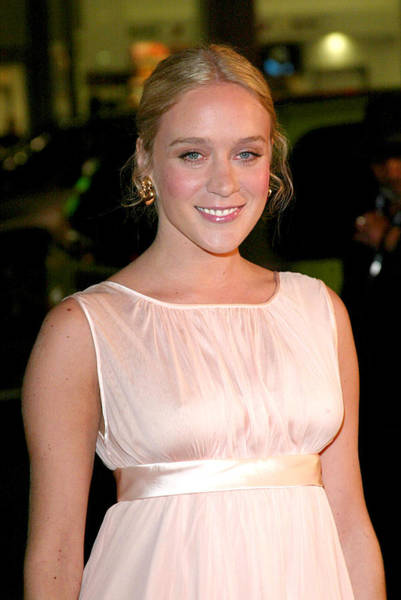 Jeremy Photograph - Chloe Sevigny At Arrivals For Big Love by Everett