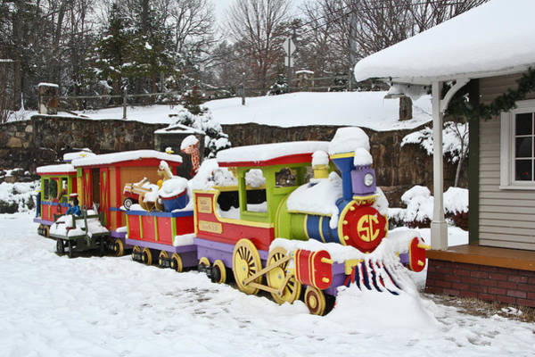 Photograph - Christmas Train by Tom and Pat Cory