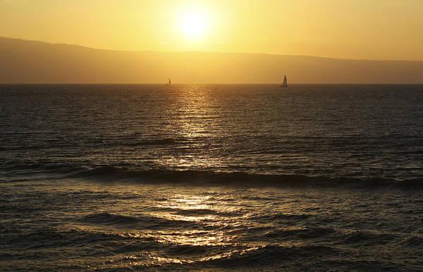 Photograph - Classic Hawaiian Sunset by Marilyn Hunt