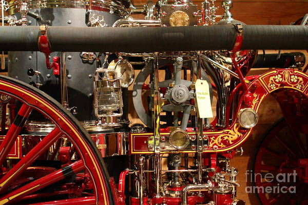 Photograph - Classic Vintage Fire Engine . 7d13130 by Wingsdomain Art and Photography