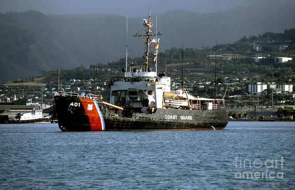 Coast Guard Ship Honolulu Harbor Art Print