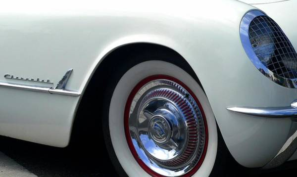 Photograph - Corvette Cherokee by Jeff Lowe