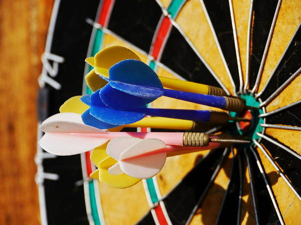 Skill Photograph - Darts by Rolfo