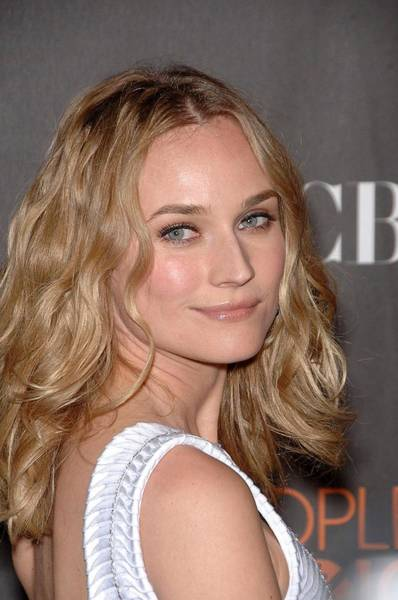 Nokia Photograph - Diane Kruger At Arrivals For Peoples by Everett