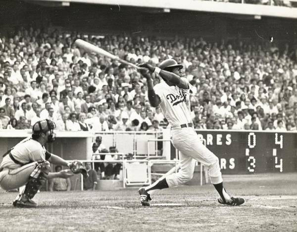Photograph - Dodger Willie Davis Batting At Dodger Stadium  by Jamie Baldwin