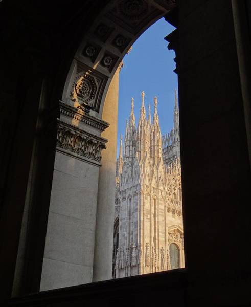 Photograph - Duomo Through The Arch by Keith Stokes