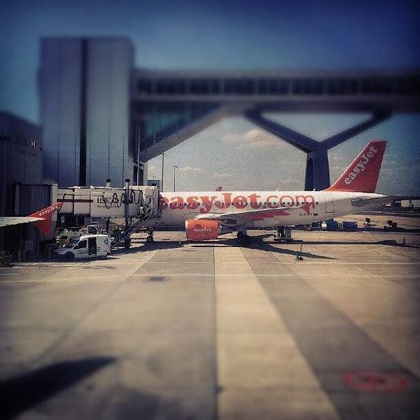 Android Wall Art - Photograph - #easyjet #gatwick #airplane #airport by Abdelrahman Alawwad