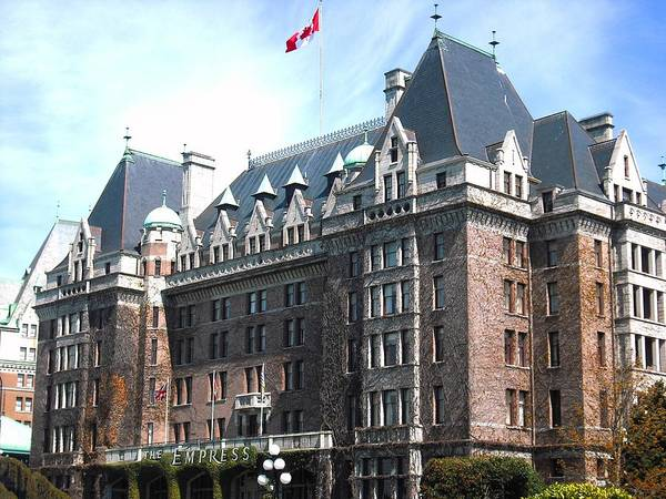 Photograph - Empress Hotel  by Kelly Manning