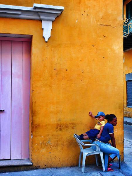 Photograph - En Las Espaldas De Las Mujeres by Skip Hunt