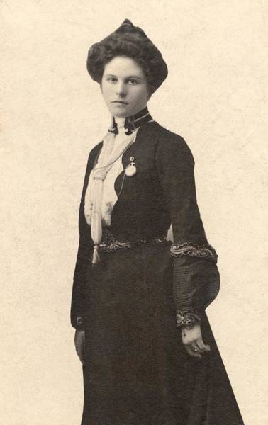 Mistress Photograph - Etta Place, Mistress Of Harry Longbaugh by Everett