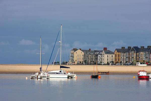 Barmouth Photograph - Fairborne Yacht by Ed Lukas