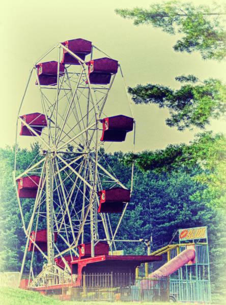 Fair Ground Photograph - Fairfield Carnival 2 by Kathy Jennings