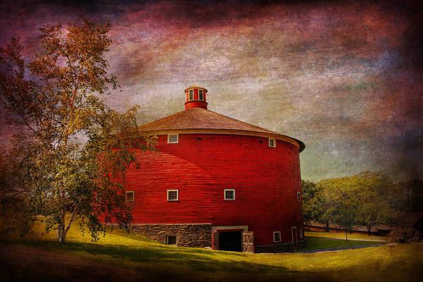 Wall Art - Photograph - Farm - Barn - Red Round Barn  by Mike Savad
