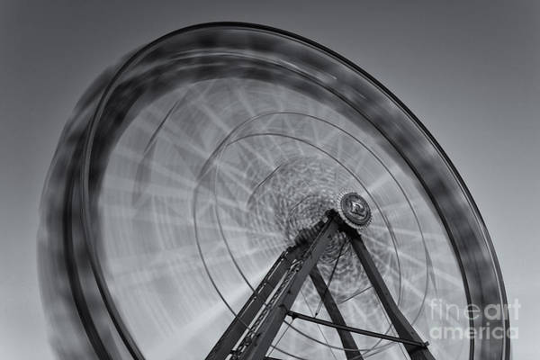 Photograph - Ferris Wheel Viii by Clarence Holmes