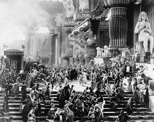 D W Griffith Photograph - Film: Intolerance, 1916 by Granger