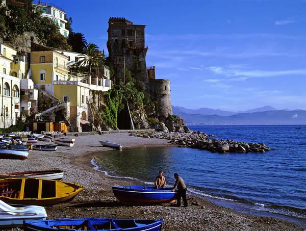 Photograph - Fishermen At Atrani Italy by Cliff Wassmann