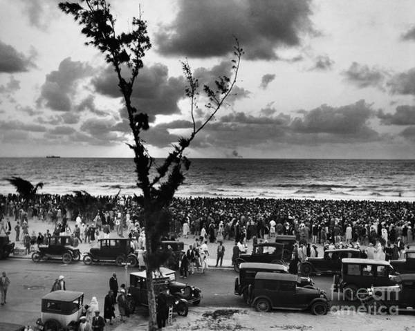 Photograph - Florida: Miami Beach, 1927 by Granger