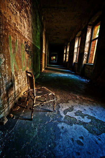 Grimy Wall Art - Photograph - Forgotten Seat. by Nathan Wright