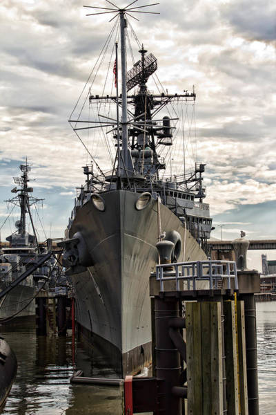 Wall Art - Photograph - Forward Bow by Peter Chilelli