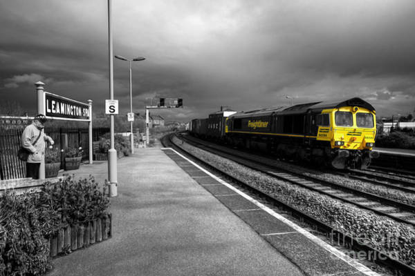 Freightliner Wall Art - Photograph - Freight At Leamington by Rob Hawkins