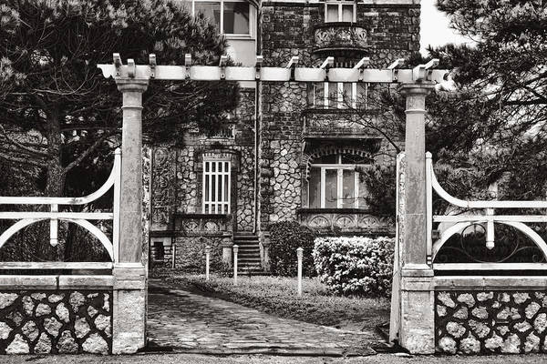 Photograph - Gateway To Another Era by Wes and Dotty Weber