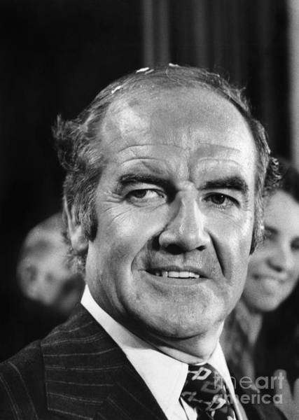 Photograph - George Mcgovern by Granger
