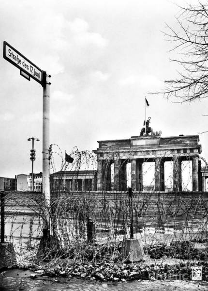Photograph - Brandenburg Gate C1961 by Granger