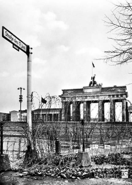 Photograph - Brandenburg Gate C1961 by Granger