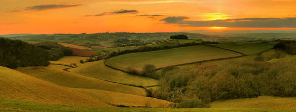 Wall Art - Photograph - Glazegate Valley by Phil Hemsley
