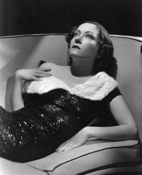 Gloria Swanson Photograph - Gloria Swanson As Photographed By Mgms by Everett