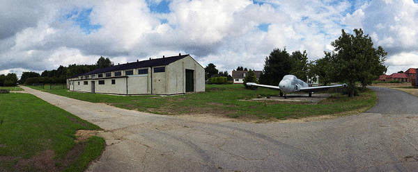 Taxiway Wall Art - Photograph - Gloster Meteor Raf Metheringham by Jan W Faul