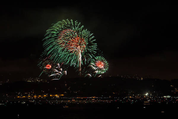 Photograph - Golden Gate 75th Fireworks 18 by Peter Dyke