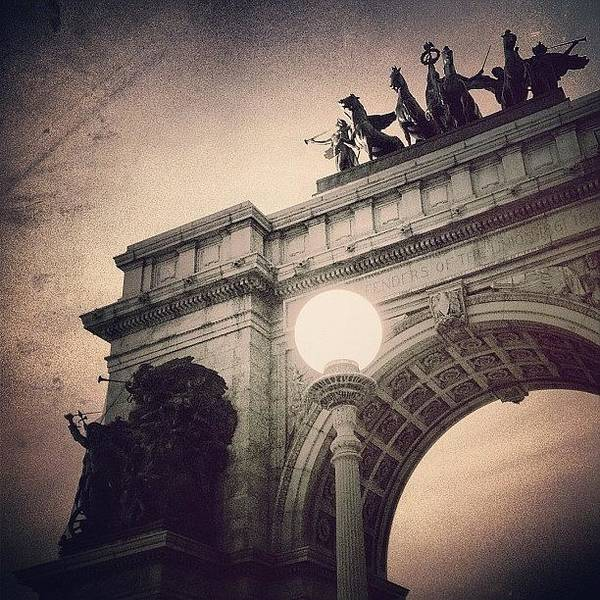 Newyorker Photograph - Grand Army Plaza Arch -  Brooklyn Ny by Joel Lopez