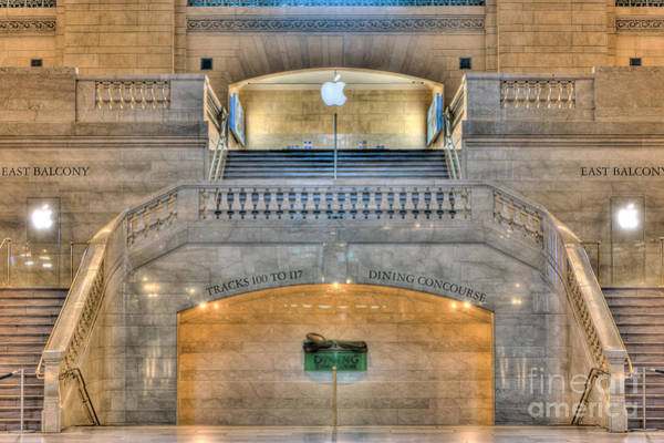 Photograph - Grand Central Terminal East Balcony I by Clarence Holmes