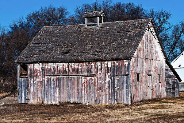 Photograph - Great Old Barn by Edward Peterson