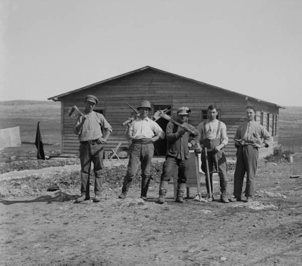 Kibbutz Photograph - Group Portrait Of Jewish Settlers by Everett